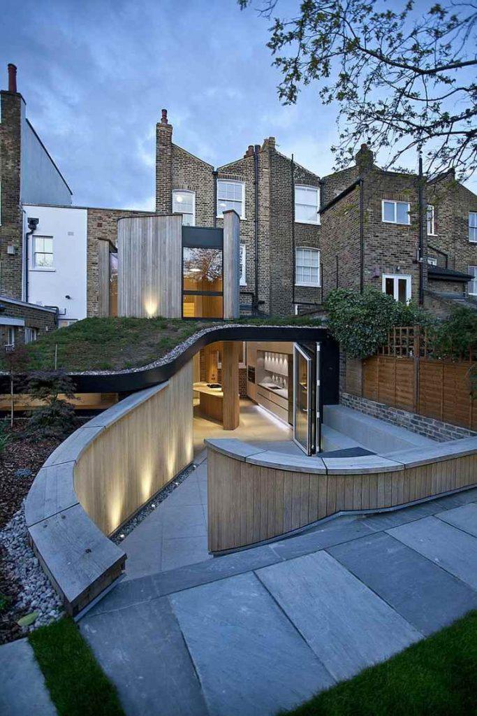 Extension avec toiture végétalisée